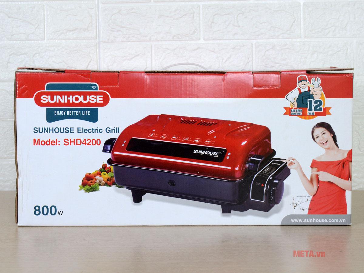 Lò nướng điện Sunhouse SHD4200 có thiết kế sang trọng tinh tế.