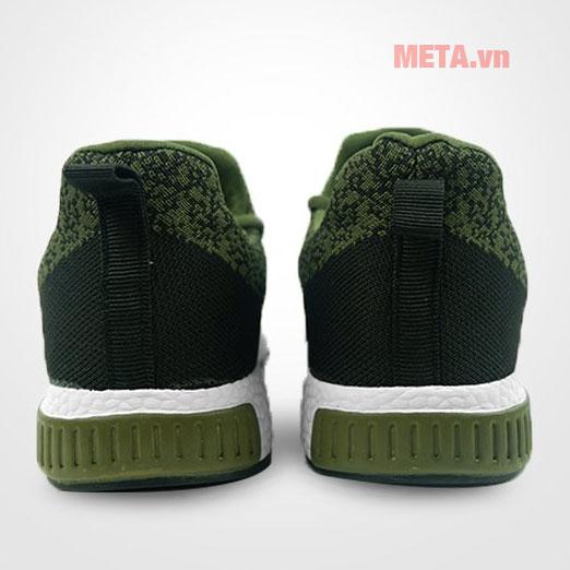 Hình ảnh phía sau gót giày