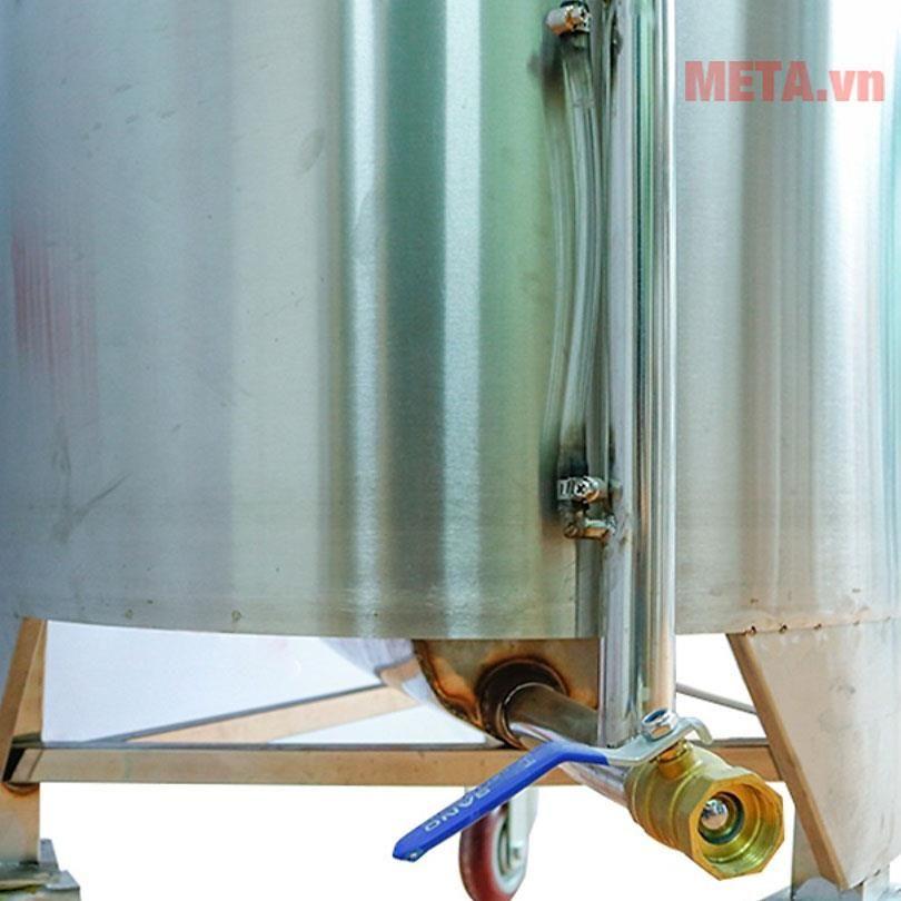 Van xả nước thuận tiện cho việc vệ sinh sau khi sử dụng