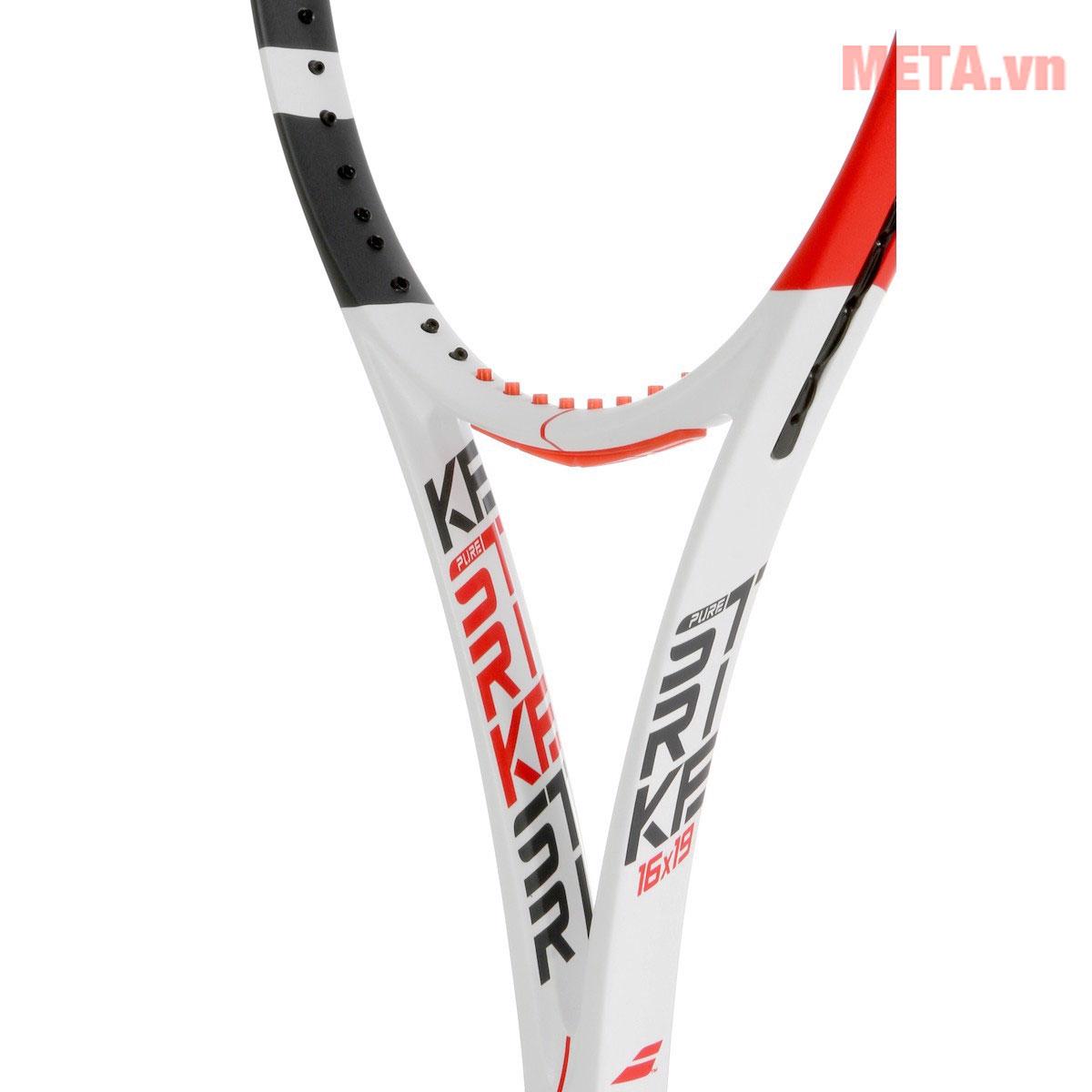 Khung vợt chắc chắn, đàn hồi tốt dành cho người thích chơi phản công