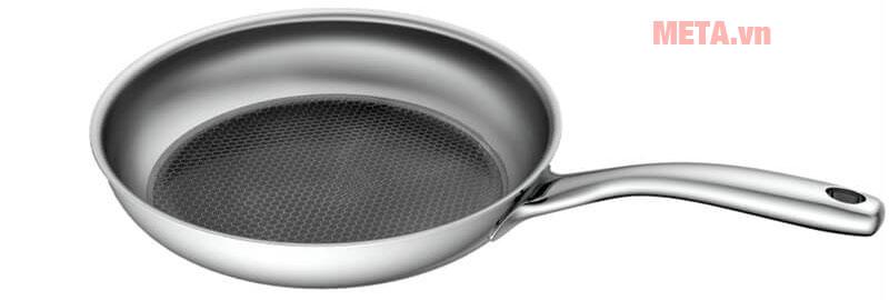 Chảo inox sử dụng cho mọi loại bếp