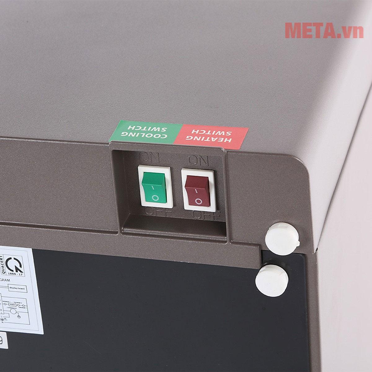 Công tắc bật/tắt chức năng nóng/lạnh thiết kế phía sau đảm bảo an toàn với trẻ nhỏ
