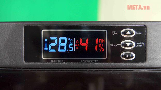Tủ chống ẩm có màn hình LCD