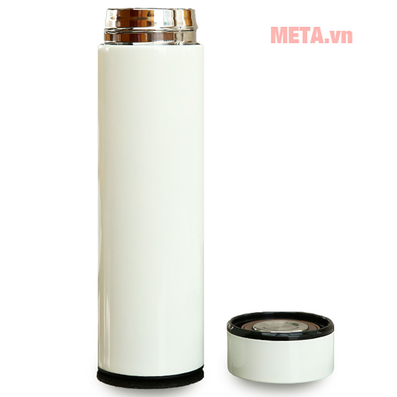 Vỏ ngoài sử dụng inox 201, ruột inox 304 cao cấp không chứa BPA