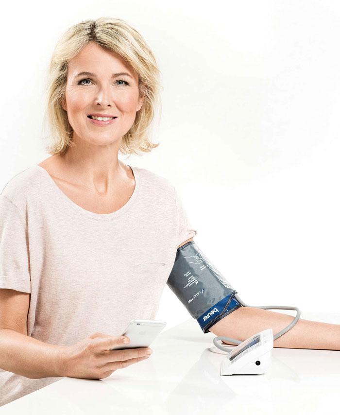 Máy đo huyết áp bắp tay sử dụng cho tất cả thành viên trong gia đình