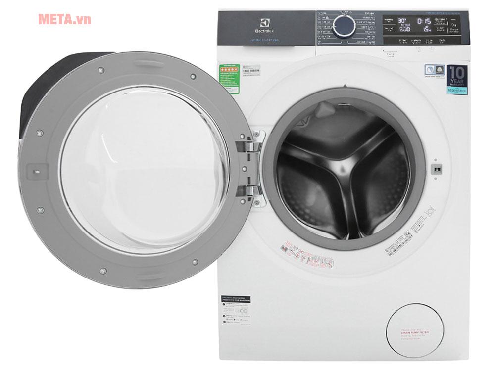 Máy giặt cửa trước Electrolux