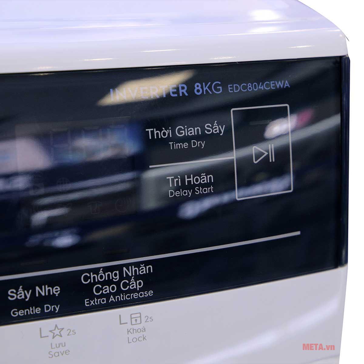 Bảng điều khiển cảm ứng với các tùy chọn sấy khác nhau