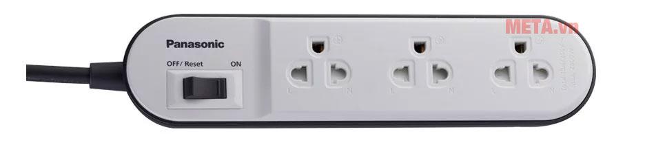 Ổ cắm điện 3 ổ, 3 chấu thích hợp với tất cả các thiết bị điện