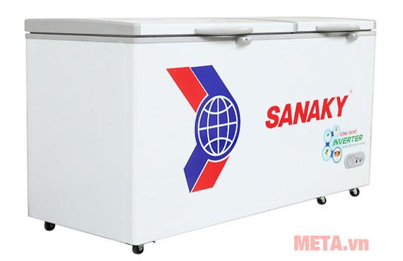 Tủ đông Sanaky giúp dự trữ được nhiều thực phâm·