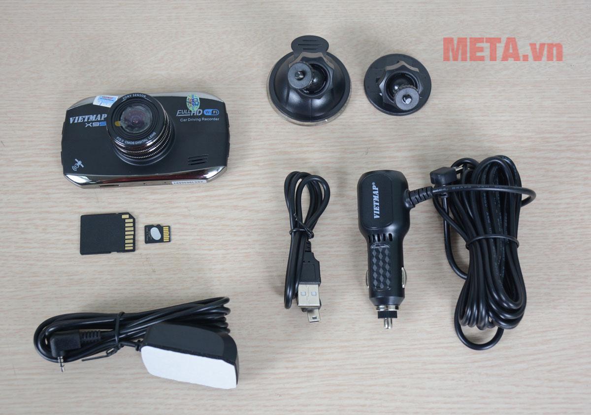 Trọn bộ sản phẩm camera hành trình Vietmap
