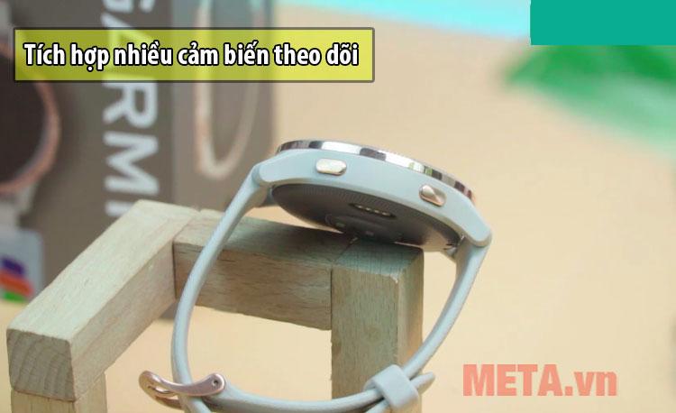 Đồng hồ tích hợp nhiều cảm biến theo dõi