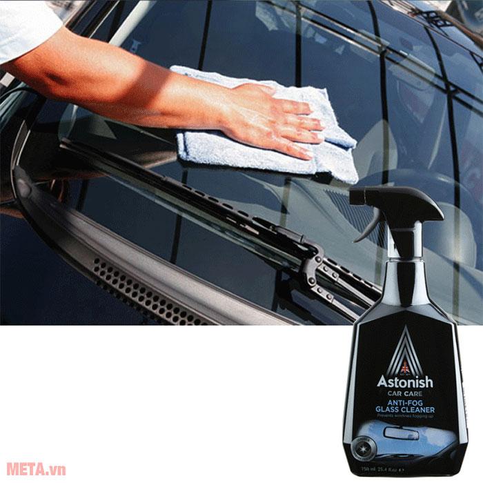 Bình xịt vệ sinh kính ô tô