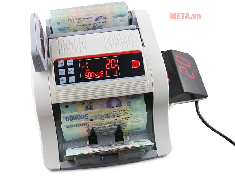 Máy có chức năng cộng tiền và chia mẻ