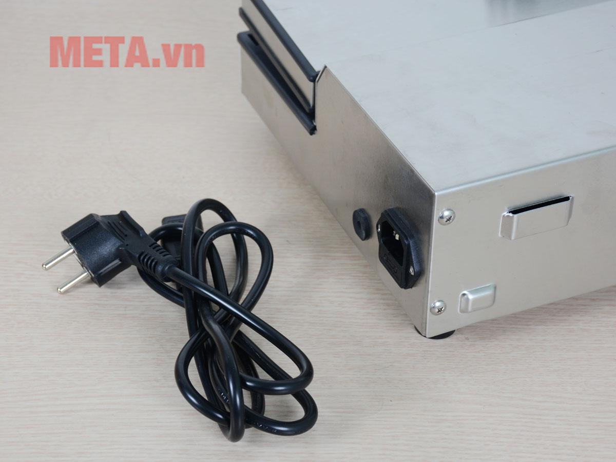 Máy đi kèm dây điện tháo rời dễ dàng bảo quản