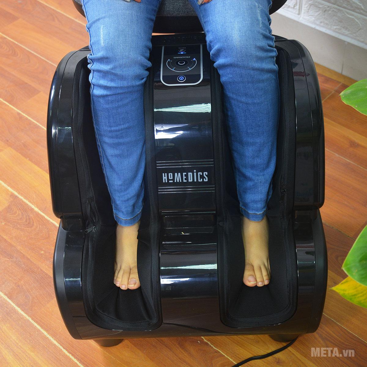 Đôi chân thư giãn hoàn toàn với máy massage chân cao cấp