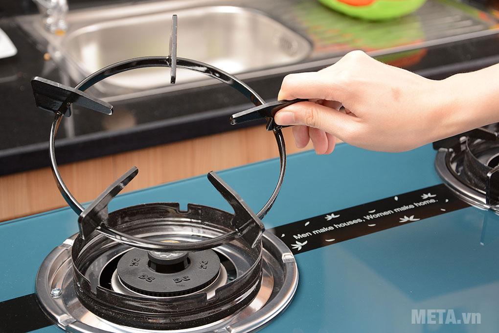 Các bộ phận của bếp dễ dàng tháo rời vệ sinh