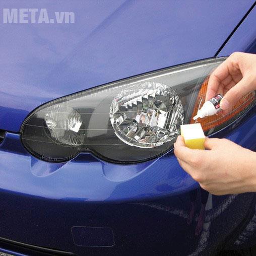 Dung dịch làm sạch bề mặt nhựa bóng đèn ô tô
