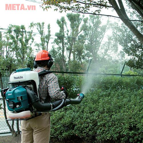 Máy phun thuốc trừ sâu