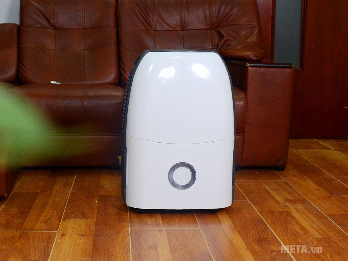 Máy hút ẩm điện tử Electrolux EDH16SDAW thiết kế sang trọng