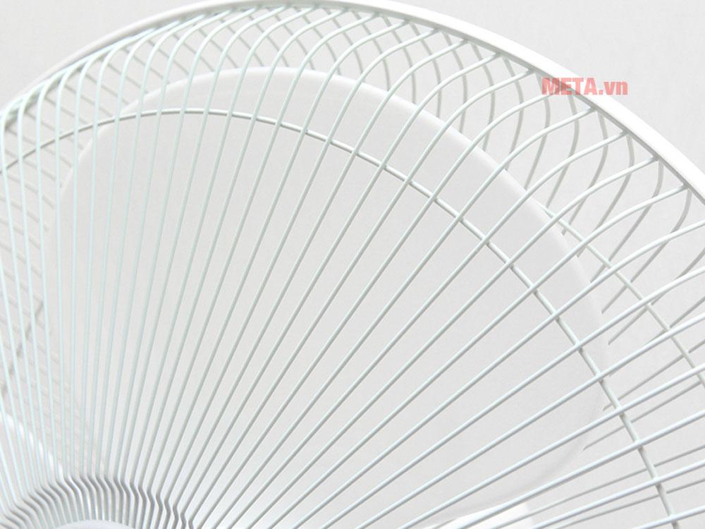 Quạt tích điện Sunhouse SH762 có thể điều chỉnh độ cao linh hoạt