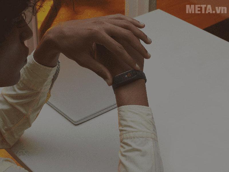 Vòng đeo tay thông minh Xiaomi