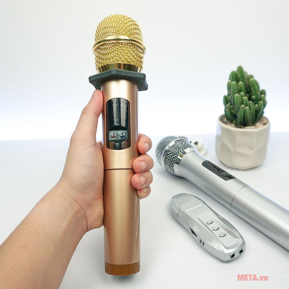 Micro karaoke Excelvan K18U dễ dàng sử dụng