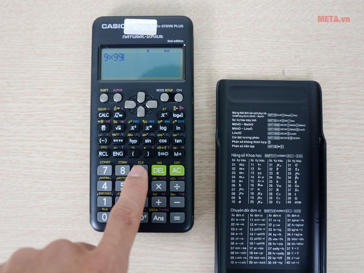 Máy tính bỏ túi Casio FX-570VN Plus dễ dàng thao tác