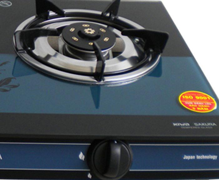 Thiết kế núm vặn điều chỉnh gas riêng biệt thuận tiện cho nấu ăn