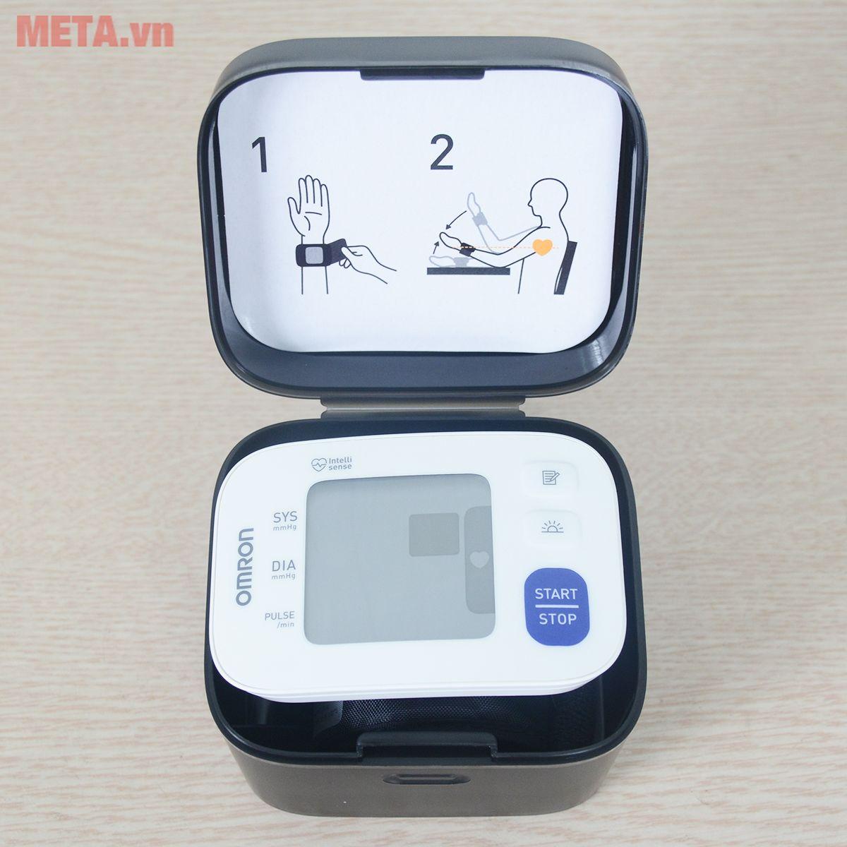 Máy đo huyết áp cổ tay Omron HEM - 6181