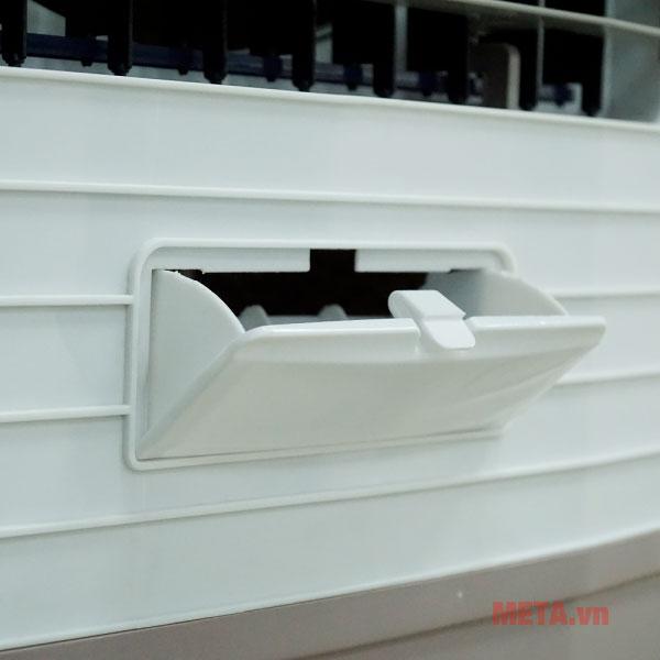 Cửa chêm nước rộng hơn dễ dàng thao tác