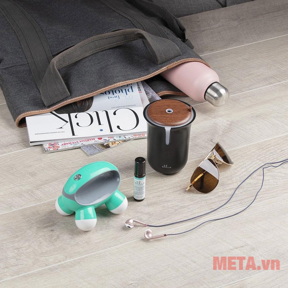 Thiết kế nhỏ gọn dễ dàng bỏ vào túi khi đi du lịch, công tác
