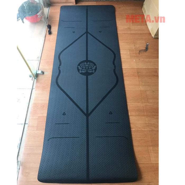 Thảm yoga 8mm có đường kẻ định tuyến