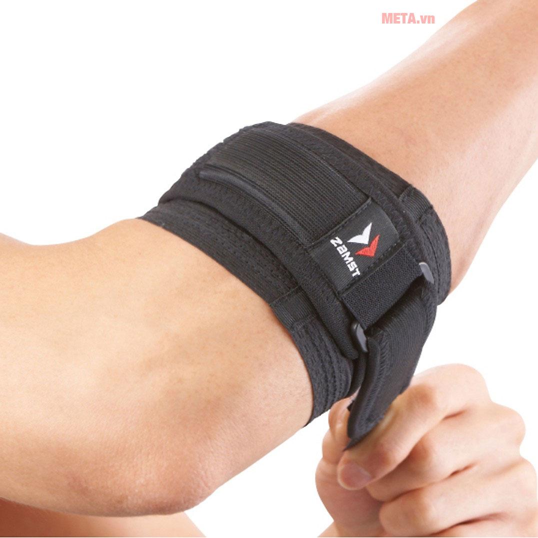 Băng bảo vệ khuỷu tay ZAMST Elbow Band được thiết kế mỏng, nhẹ, dễ dàng gập gọn