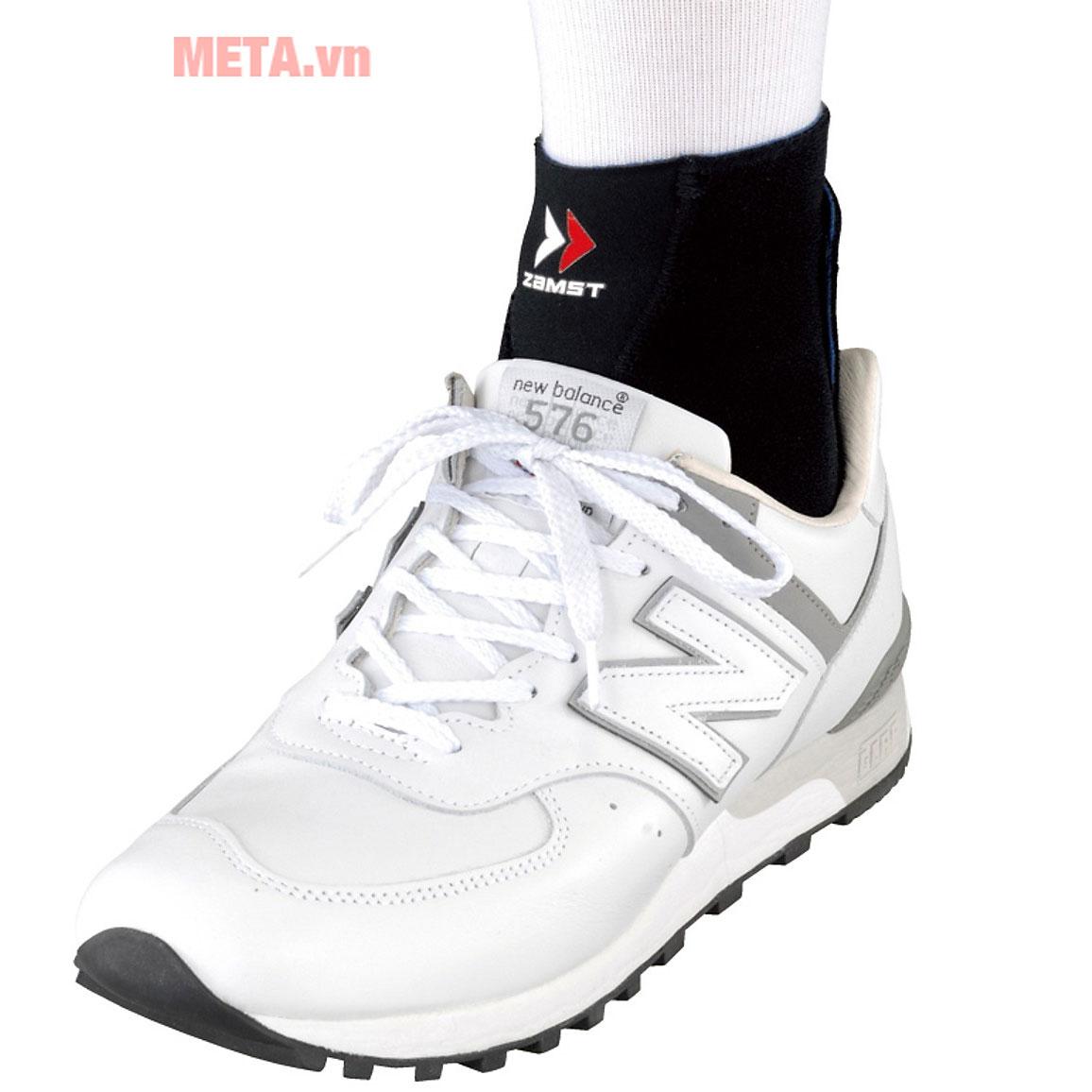 Thoải mái khi đeo giày và vận động