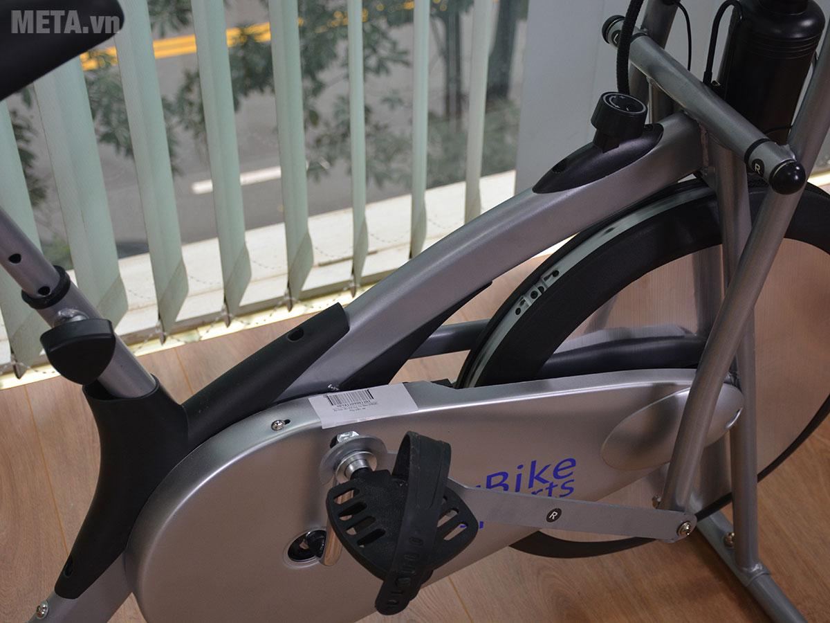 Xe đạp tập trong nhà Air Bike