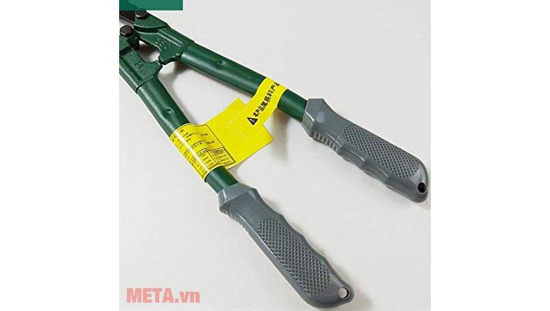Kìm cắt công lực Sata 93502 với tay cầm bọc nhựa cao su chống trơn