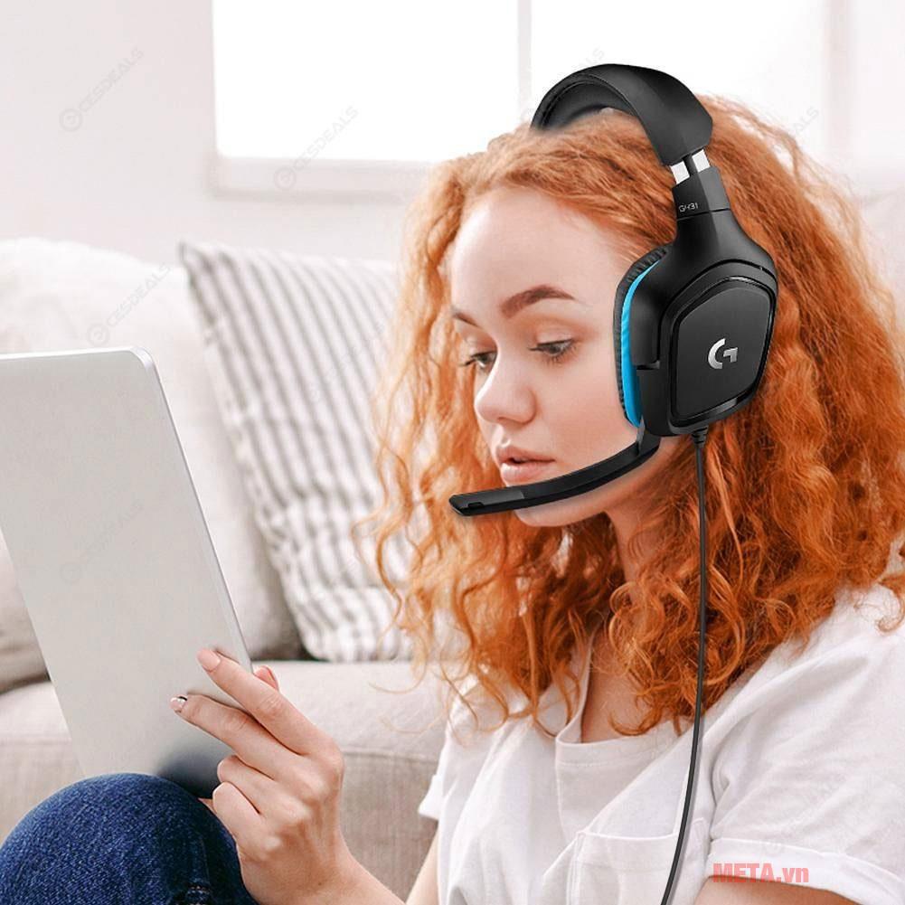 Thiết kế chụp tai giúp hạn chế tạp âm bên ngoài