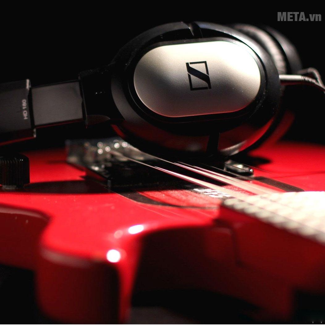 Đánh giá tai nghe Sennheiser HD 180