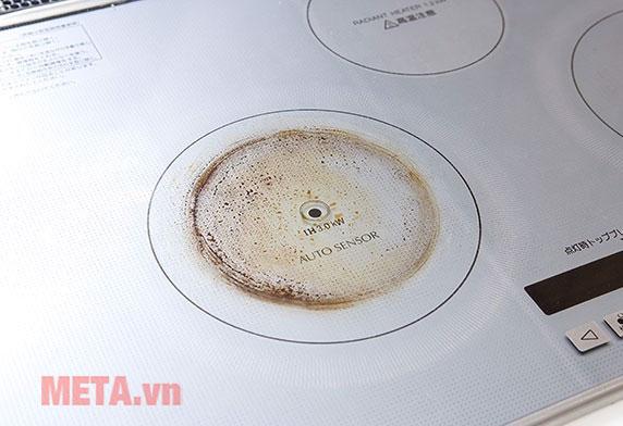 Dung dịch vệ sinh mặt bếp hồng ngoại