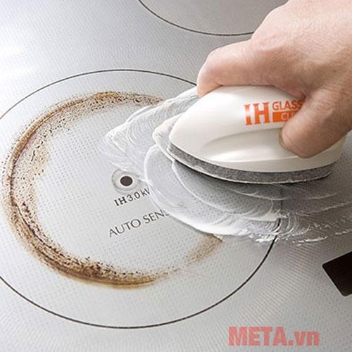 Dung dịch vệ sinh bếp điện