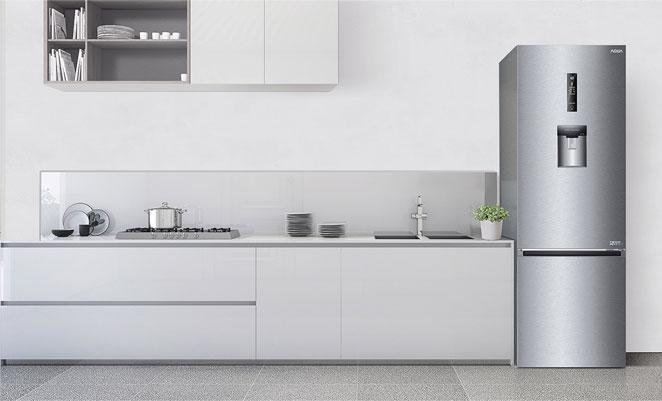 Tủ lạnh Aqua AQR-IW338EB (SW) sang trọng, hiện đại trong không gian bếp