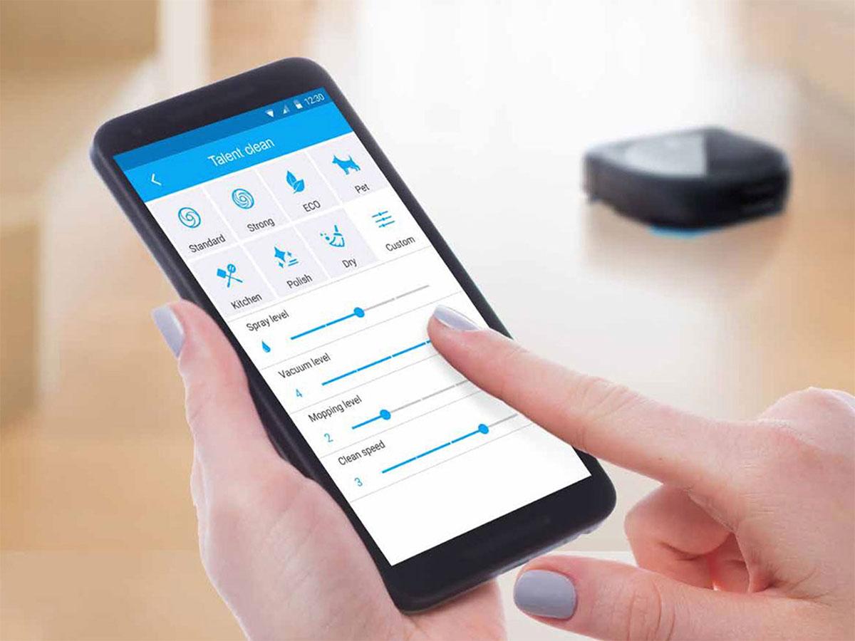 Điều khiển robot hút bụi qua Smart phone