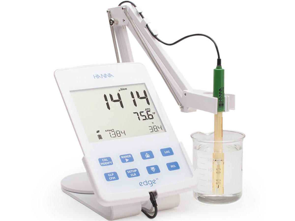 Máy đo độ mặn