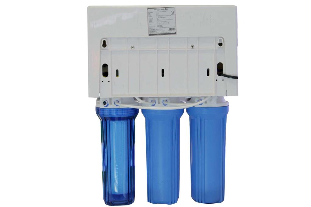 Máy lọc nước để gầm