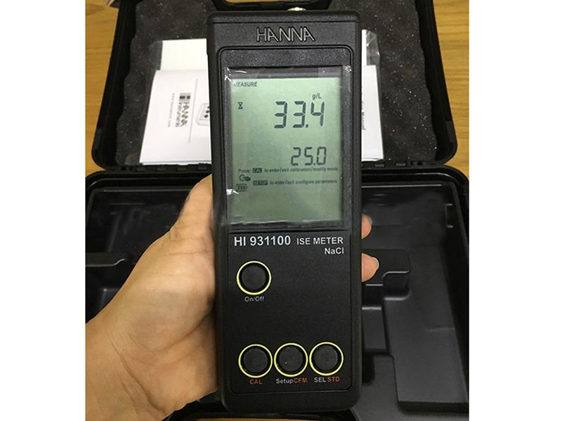 Máy đo độ mặn HI931100