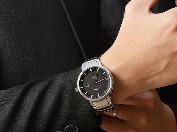 Đồng hồ Citizen BM7370-89E