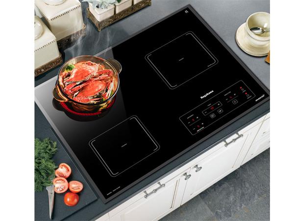 Thiết kế âm tạo nên vẻ sang trọng, tiết kiệm diện tích cho căn bếp