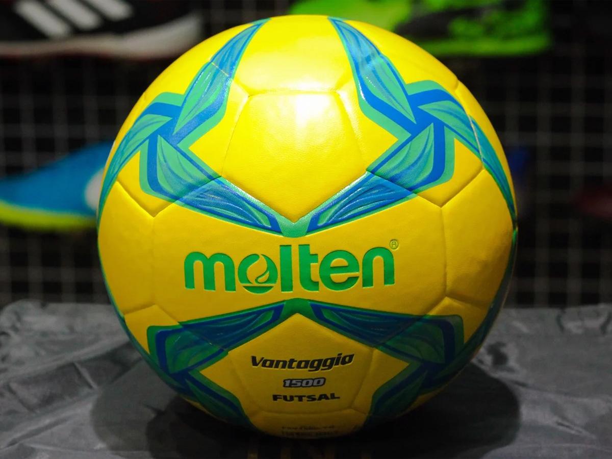Bóng đá Futsal Molten