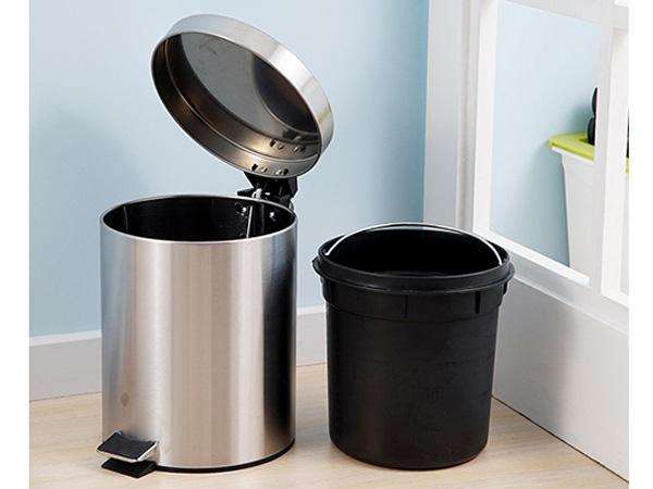 Hình ảnh vỏ và lõi thùng rác