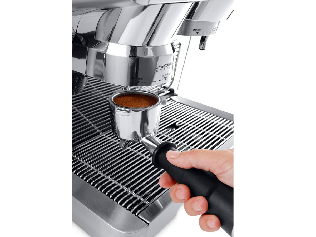 Máy xay pha cà phê tự động